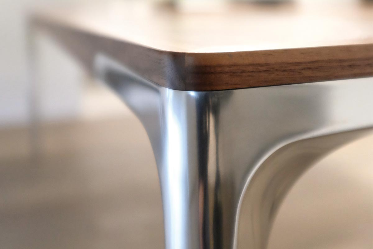 DINING – Table T 70