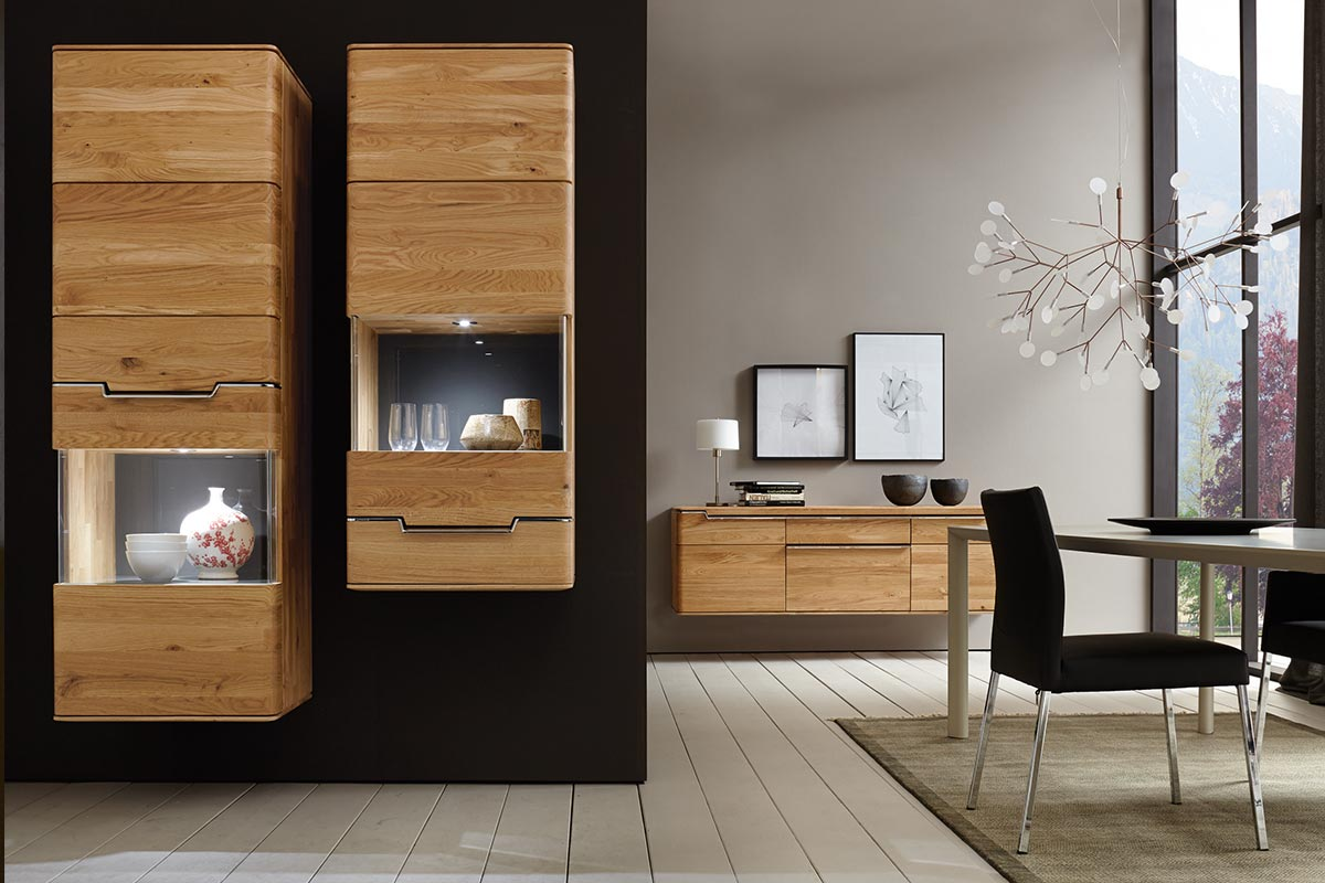 VEDUA – Wall-mounted glass cabinet