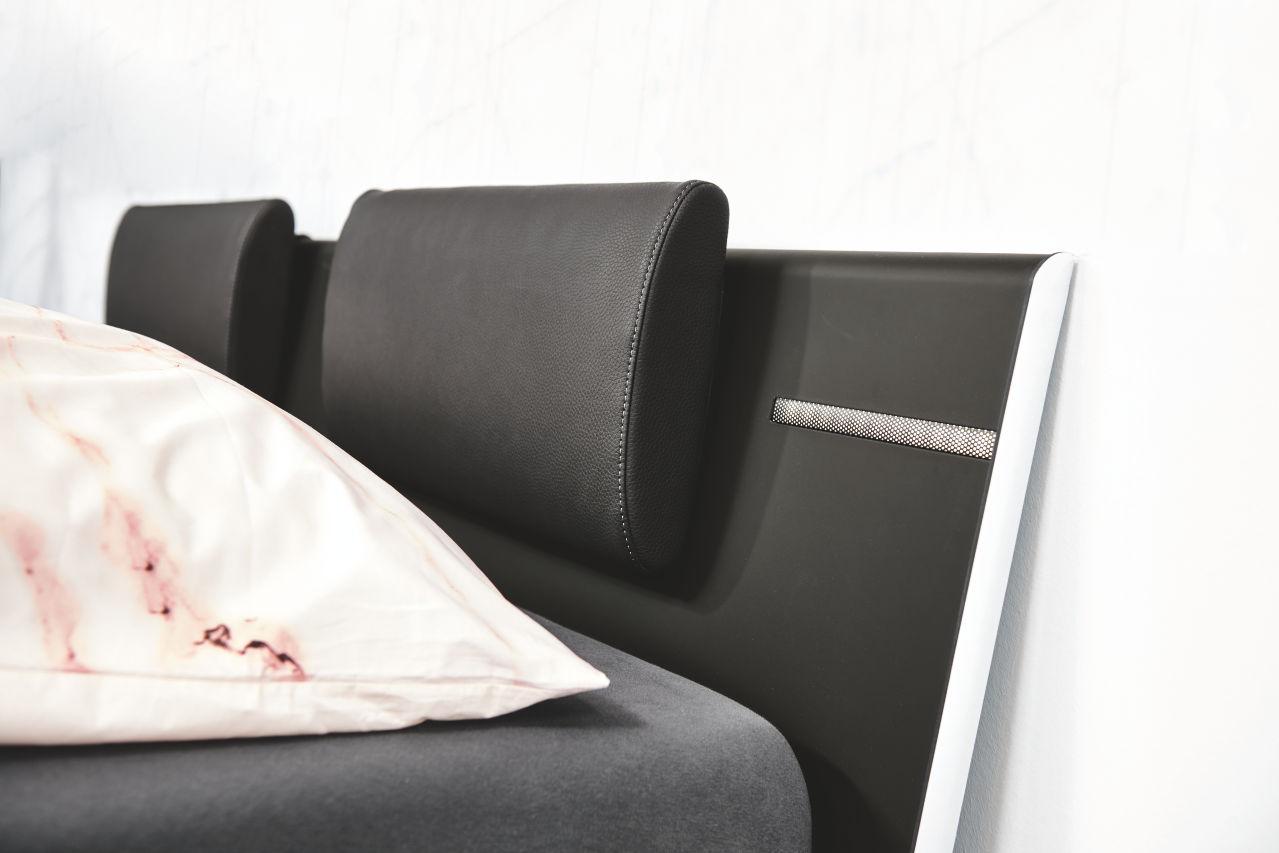 METIS 21 – Bett Supermatt – schwarz